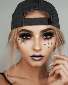 43 Trendy Clown Makeup Ideas for Halloween 2019 Makeup Inspo, Makeup Inspiration, Beauty Makeup, Cute Halloween Makeup, Halloween Nails, Halloween Eyeshadow, Witch Makeup, Zombie Makeup, Scary Makeup
