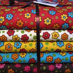 Textiles, Fabulous Fabrics, Vintage Fabrics, Quilting, Fabric Patterns, Printing On Fabric, Color Schemes, Cotton Fabric, Good Morning Flowers