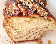rollos de canela recetas delikatissen postres delikatissen pan dulce rápido pan dulce casero pan casero con topping Pan trenza de canela hacer pan en casa brioche