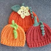 Halloween Pumpkin Beanie - via @Craftsy