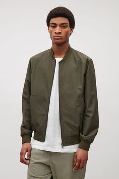 COS image 2 of Ribbed zip-up jacket in Khaki Green