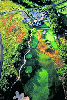 Arial view of Raspberry Falls Golf & Hunt Club, Leesburg. Our Residential Golf Lessons are for beginners,Intermediate & advanced . Our PGA professionals teach all our courses in a incredibly easy way to learn and offers lasting results at Golf School GB www.residentialgolflessons.com