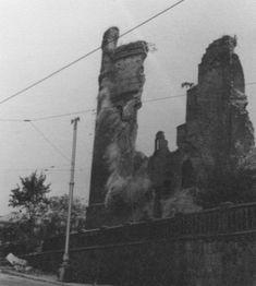Без названия, 1940-е, г. Калининград. Город Калининград до 4 мая 1946 назывался Кенигсберг. Из семейного архива Богдановых.