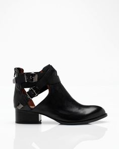 Everly leather ankle boot from Jeffrey Campbell