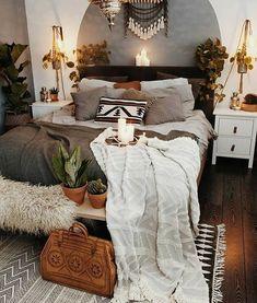 Bri~Za~Beth Pinterest Painted Headboard, Black Headboard, Southwestern Bedroom, Bedroom Inspo, Bohemian Bedroom Design, Bohemian Living Rooms, Bohemian House, Living Room Interior, Home Interior Design