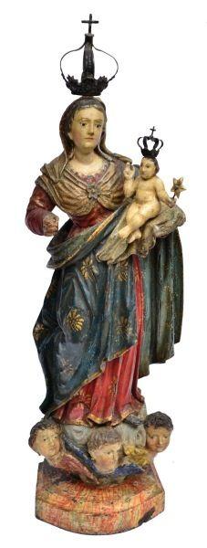 NOSSA SENHORA DO ROSÁRIO. Raro grupo sacro em madeira policromada. Alt.: 36cm. Bahia-Séc.XVIII/XIX. Acompanha coroa. Base R$1.500,00