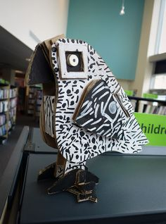 cardboard bird 3D