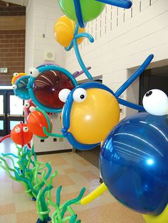 When a local school wanted a underwater theme for a party, we twisted some balloon fish and balloon squid to party with. Contact us with a special theme. Balloon Fish, Balloon Animals, Underwater Party, Little Mermaid Birthday, Under The Sea Party, Balloon Decorations, Room Decorations, In Kindergarten, Party Time