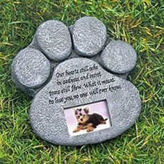 Pet Memorial Ideas For The Garden paw prints on my heart personalized heart garden stone Lasting Memory Paw Memorial Marker Httpasseenontvmarketnetproduct Memorial Garden Stonesmemorial Gardenspet
