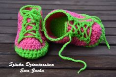 Crochet baby shoes-baby booties-Pink with green , baby slippers. zł30.00, via Etsy.