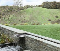 Orinda Residence modern landscape in California by Thuilot Associates