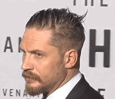 - The Revenant Premiere Tom Hardy - The Revenant Premiere (Arrival) LA California, USA - December 2015 Tom Hardy Actor, Tom Hardy Hot, Classic Mens Haircut, Tom Hardy Haircut, Raining Men, Hollywood California, California Usa, Beard Styles, Haircuts For Men