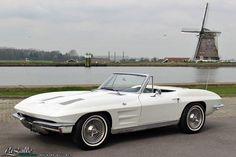LaSalle Classic Cars | Collectie | 1963 Chevrolet Corvette Sting Ray Convertible,