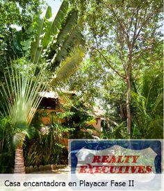 Esta fue diseñada combinando la exuberante vegetación de la selva caribeña con el comfort de una vida moderna #RealEstate #PlayaDelCarmen #Destino #RivieraMaya #playacar #Selva @innplaya / @ExecutivesRMaya Lada sin costo: 01800 839 1335