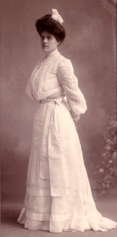 Vintage Victorian: Photographs 1900-1910