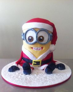 Sweet Santa Minion Mash Up Cake