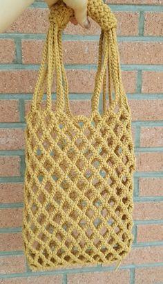 Marvelous Crochet A Shell Stitch Purse Bag Ideas. Wonderful Crochet A Shell Stitch Purse Bag Ideas. Crochet Clutch, Crochet Handbags, Crochet Purses, Crochet Bags, Lidia Crochet Tricot, Filet Crochet, Knit Crochet, Tote Pattern, Purse Patterns