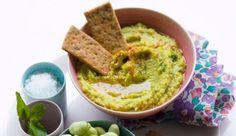 caviar de fèves... A   Caviar de fèves à la menthe Caviar, Summer Recipes, Guacamole, Mousse, Hamburger, Brunch, Food And Drink, Appetizers, Vegetables