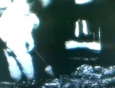 NASA Astronaut on the Moon searching through ruins of a building. Aliens On The Moon, Astronauts On The Moon, Aliens And Ufos, Ancient Mysteries, Ancient Ruins, In Ancient Times, Ancient History, Evidence Of Aliens, Secret Space