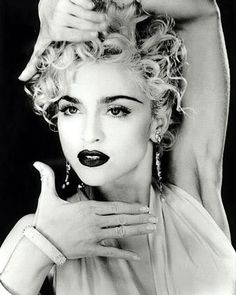 Madonna photographed by Herb Ritts in her iconic 'Vogue' pose. Madonna at her best I think. Madonna Vogue, Divas, Madonna Images, Madonna Concert, Madonna Music, Madona, Art Visage, Good Poses, Material Girls
