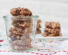 Chia Oatmeal Breakfast Cookies (bananas, oats, coconut, chopped dates, chocolate, little nut butter)