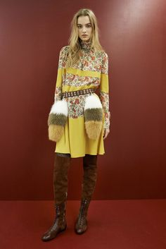 http://www.style.com/slideshows/fashion-shows/pre-fall-2015/sonia-rykiel/collection/19
