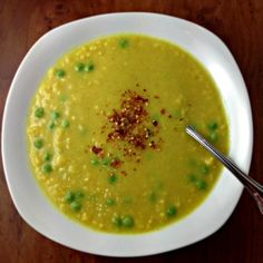 Curried Cauliflower Soup Adapted from Food and Wine Serves 4 Curried Cauliflower Soup, Quinoa Soup, Vegan Soup, Vegetarian Cooking, Vegetarian Soups, Wine Recipes, Vegan Recipes, Chowder Recipes, Winter Food