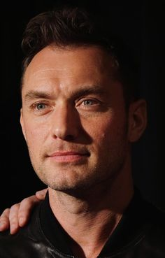 """Jude Law Photos - Actor Jude Law attends the """"Black Sea"""" New York screening at Landmark Sunshine Cinema on January 21, 2015 in New York City. - Jude Law Photos - 583 of 4381"""