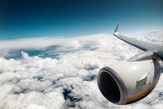 These 30 Pilots And Flight Attendants Confess The Best Kept Secrets About Flying. These 30 Pilots And Flight Attendants Confess The Best Kept Secrets About Flying Harley Davidson, Airplane Window, Airplane View, Virginia, By Plane, Car Travel, Travel Jobs, Cabin Crew, Flight Attendant
