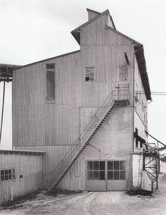 Bernd & Hilla Becher - gravel plant