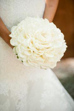 White composite rose petal bouquet. Fleurs de France. www.fleursfrance.com