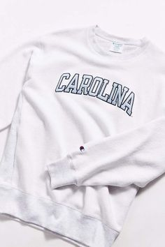b39562ce606 Champion UO Exclusive University Of North Carolina Inside Out Crew-Neck  Sweatshirt