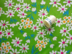 bright green floral print vintage cotton blend