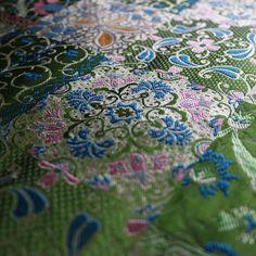 #hangzhou #china #traditional #silk #brocade #silktown #street #new #green #color #already(在 chenxiang fabric store)