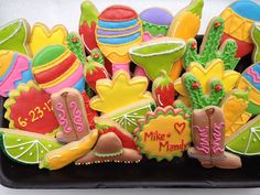 Cinco de Mayo Wedding shower cookies, via Flickr.