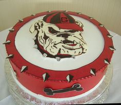 Poppy or Parker bday cake Georgia Bulldog logo cake Bulldog Cake, Uga Bulldog, Georgia Bulldogs Cake, Georgia Girls, Cake Logo, Novelty Cakes, Cakes For Boys, Cake Designs, Amazing Cakes