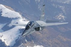 Leonardo go in solo in US Air Force TX training fighter bid | Military and Commercial Technology