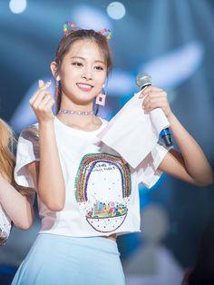 180617 Twiceland Fantasy Park in Singapore Kpop Girl Groups, Korean Girl Groups, Kpop Girls, Love Is Comic, Chou Tzu Yu, Win My Heart, Tzuyu Twice, Perfect Boyfriend, Chinese Actress