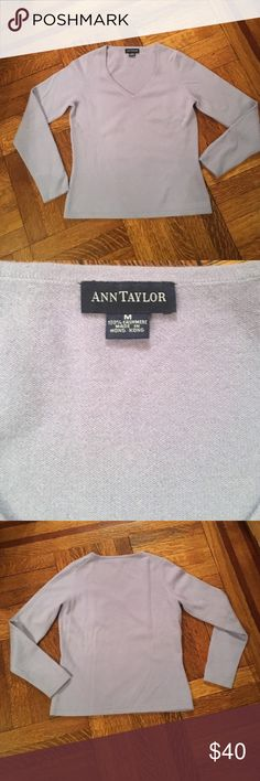 "100% cashmere V neck in lavender. Great condition Beautiful lavender color. Very little to no signs of use. V neck. Classic Ann Taylor. M. Pit to pit 17"". Back collar to hem 22"" Ann Taylor Sweaters V-Necks"
