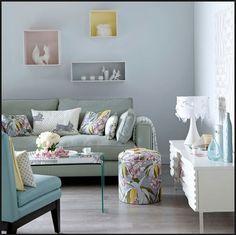 Chic colourful Livingroom