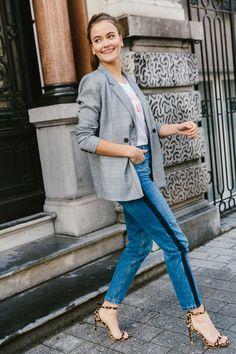 TRENDS of the season: the checked blazer. #checked #blazer #trends #streetstyle