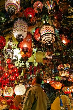 Amazing Snaps: Hanging lamps at the Grand Bazaar of Istanbul, Turkey