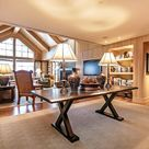 This exclusive four bedroom, 3575 sq. ft. penthouse on the slopes of Vail Mountain is the pinnacle of the ski-in/ski-out mountain lifestyle.  USD 9,750,000.00
