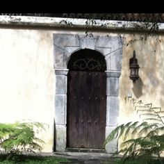 I love guessing 'what's behind the door'. Usually the reality of the beautiful gardens behind the many doors here in Antigua Guatemala out does my imagination.
