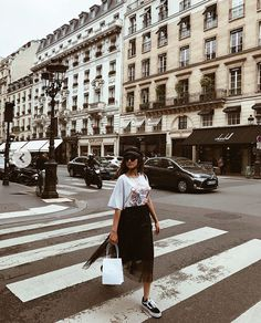 Nadire Atas Street Fashion Around The World Hailey Sani, Spring Summer Fashion, Autumn Fashion, Nyfw Style, Chic Outfits, Fashion Outfits, Balenciaga, Summer Lookbook, Tulle