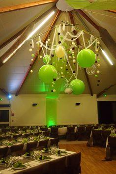 Magnique #decor de #mariage personnalisable selon les couleurs de votre évènement pour créer un décor unique et magique ! Bulles en Suspension de Nicolas Fiault un-air-magique #qualatex