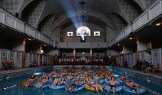 Cinema in piscina al Film Festival Strasburgo