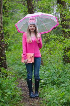 Hunter Navy Gloss Wellies, Rag & Bone Jeans & More! | Raindrops of Sapphire http://raindropsofsapphire.com/2014/05/01/drip-drip-drip-little-april-showers/