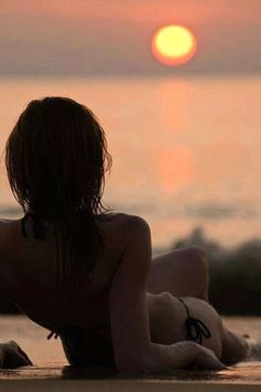 Life is beautiful stranger! Surf Girls, Beach Girls, Beach Bum, Coaching, Summer Of Love, Persona, Surfing, Relax, People