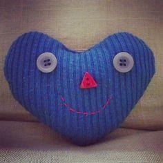 Kuk :) :) :)  #srdce #usmev #starysvetrnemusibytodpad #upcyklace #upcycle  #recyklator #recyklatorzostravy #zlasky #sustainable